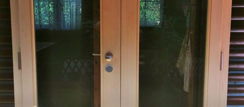 Porte de bungalow
